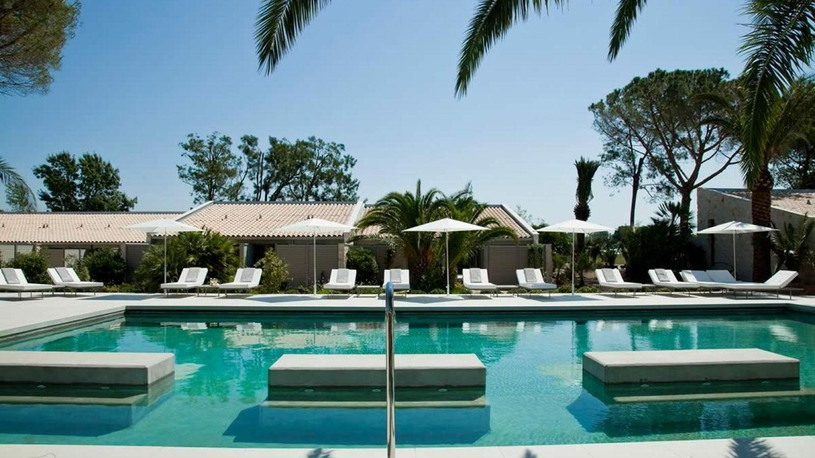 Win a luxury stay with the Sezz- Saint-Tropez Facebook contest