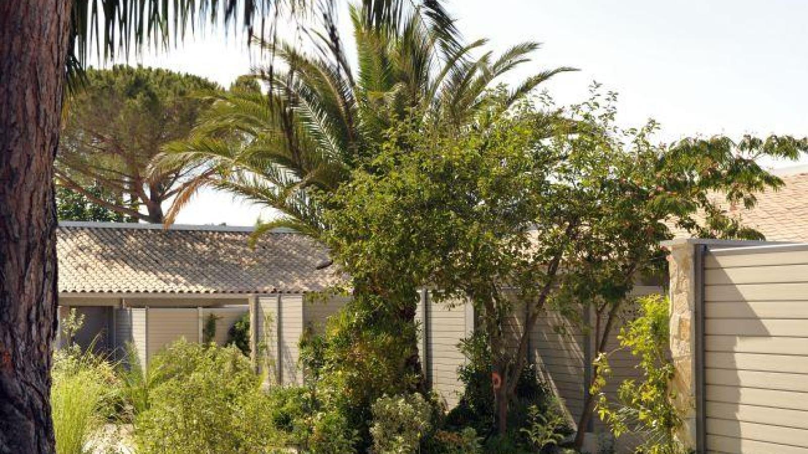 Luxury hotel Saint Tropez enhances the magic of nature