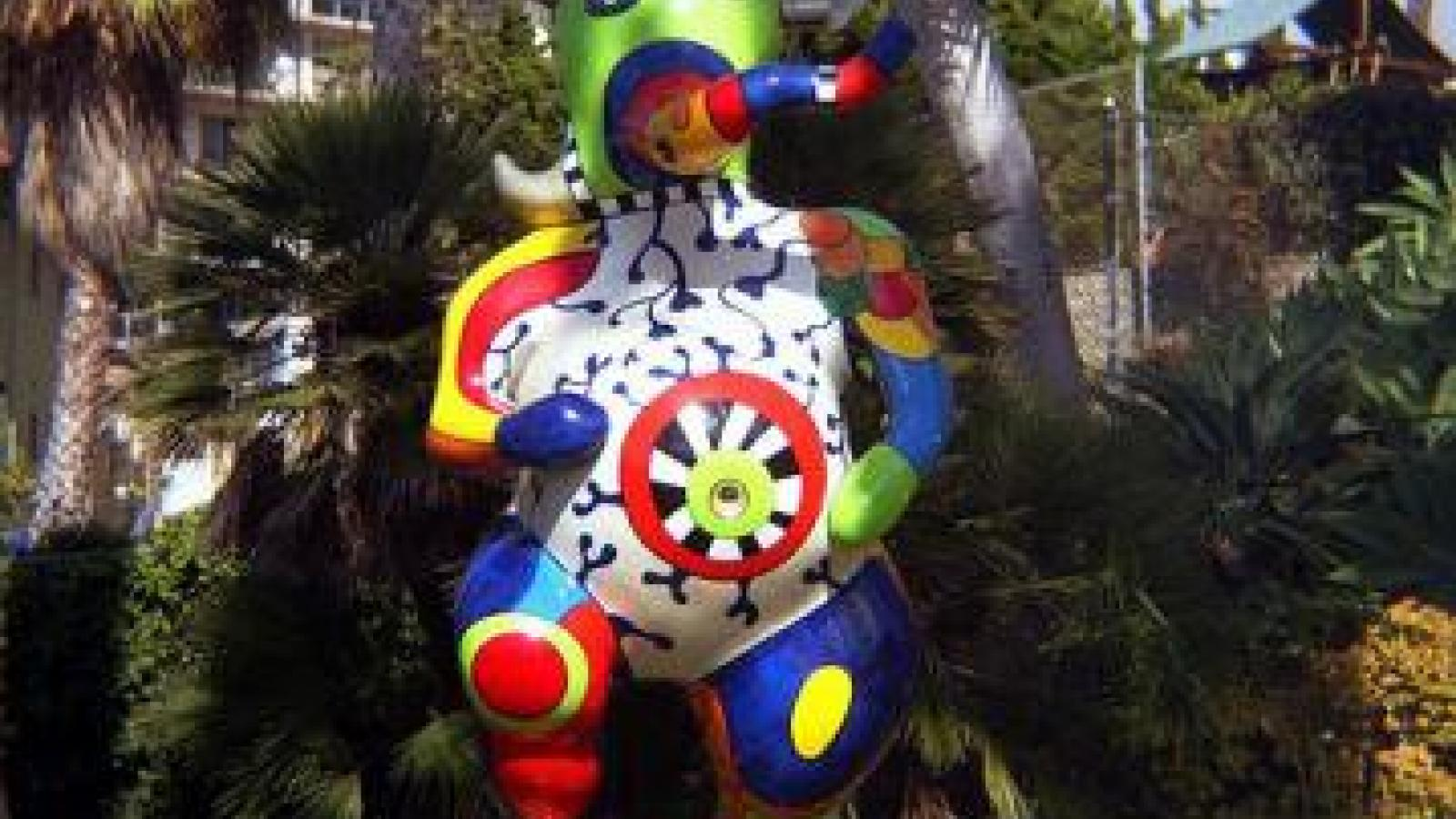 The Nanas of Niki de Saint-Phalle in Saint-Tropez
