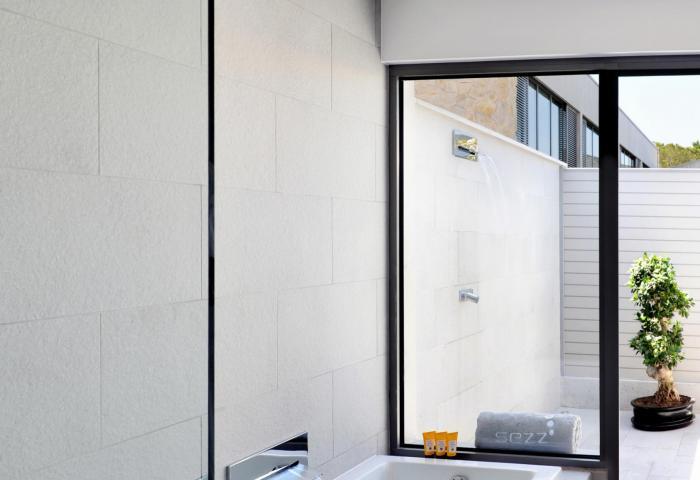 Bathroom Cocoon 1  ©Manuel Zublena