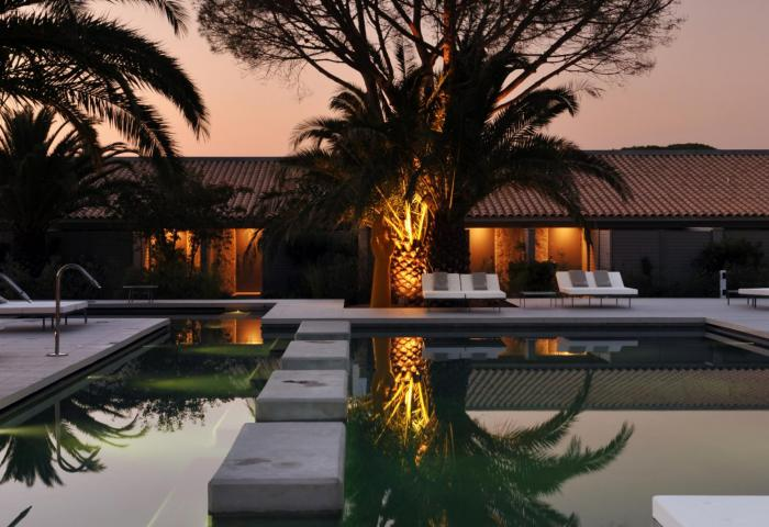 Pool by night 2 ©Manuel Zublena