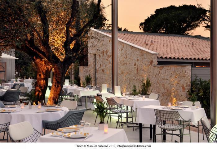 Terrace of the restaurant Colette 4 - Manuel Zublena