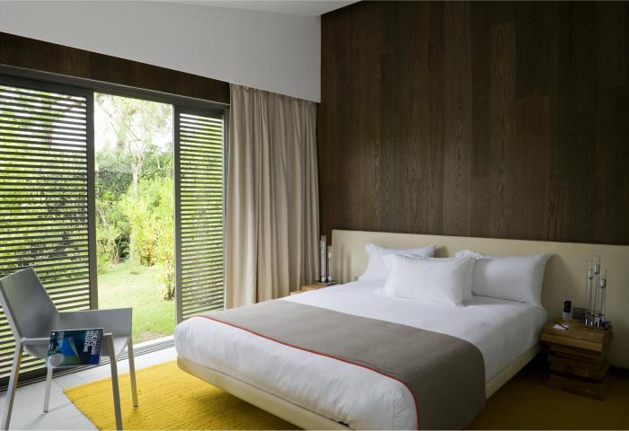 Villa bedroom 2  ©Anthony Lanneretonne